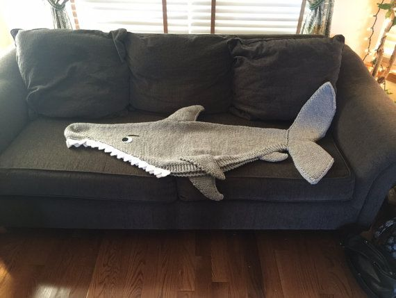 Shark Attack Lap Blanket Knitting Pattern PDF 420 by 4aSong
