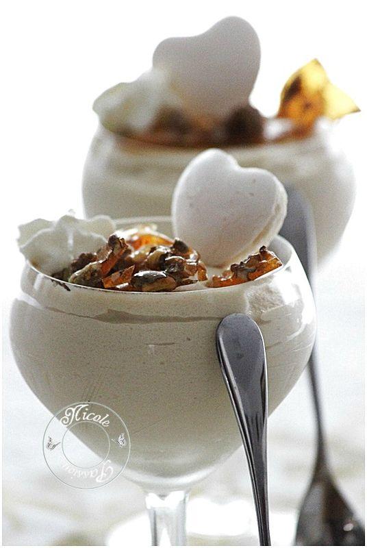mousse aérienne au café et sa nougatine aux noix.