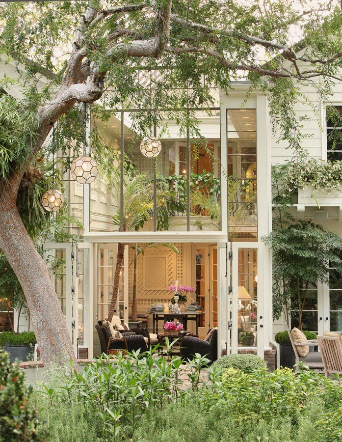 gorgeous indoor-outdoor space.: Indooroutdoor, Outdoor Living, Dream House, Indoor Outdoor, Trees, Windows, Outdoor Spaces, Glasses House, Dreamhous