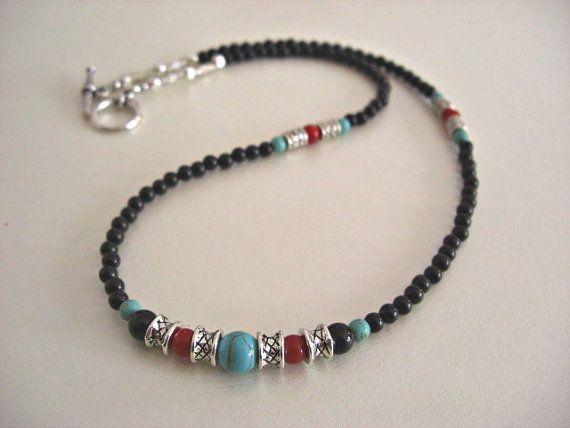 Herren-Perlenkette, schwarzer Onyx, Howlith-Türkis, roter Jaspis, silberne Akzente …   – son