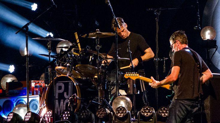 Pearl Jam - Fenway Park 8/7/16