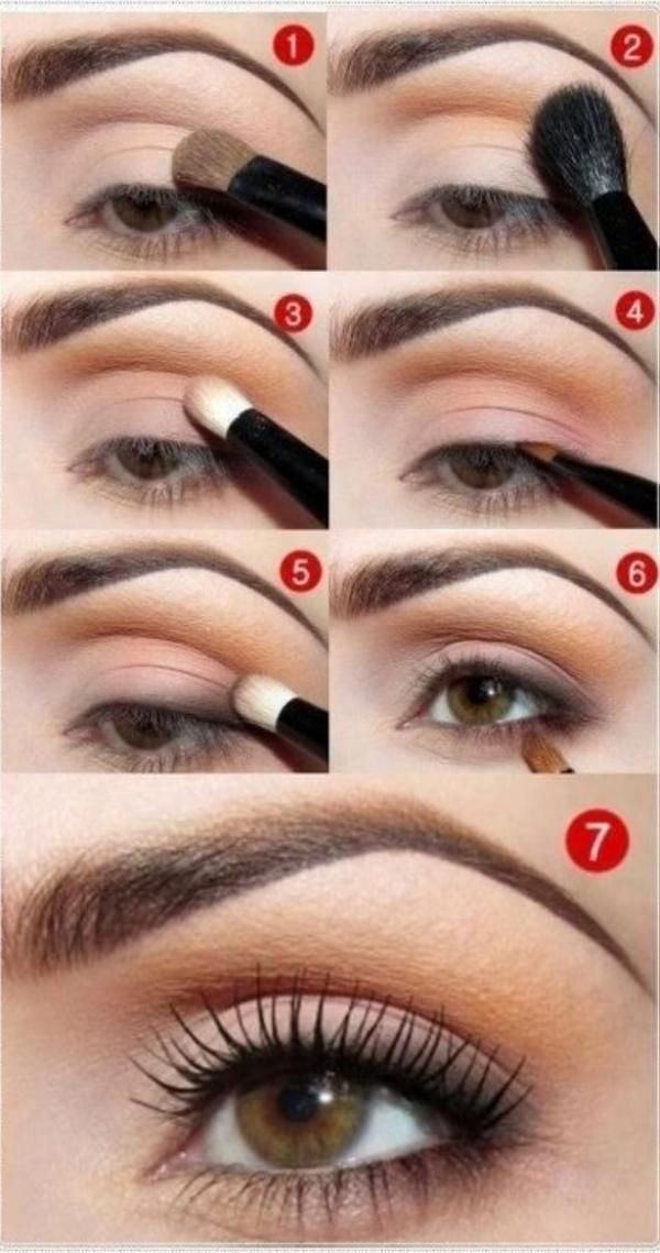 Neutrales Make-up für Tageslicht    Dazu brauchen Sie einen hautfarbenen Untergrund, eine Pfirsichfarbe für die Lidfalte, ein helles Pink für die äußeren Augenwinkel und ein dunkles Braun für den Bereich direkt über dem Lidstrich. Schließen Sie dieses Augenmake-up mit einem dünnen Eyeliner und Mascara an.
