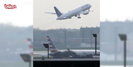 Çılgın yolcu kalkışa dakikalar kala uçaktan atladı: ABD'nin Kuzey Carolina eyaletinde bir adam, kalkışa dakikalar kala uçağın kapısını açarak piste atladı. Çılgın yolcu, uçaktan atlamadan önce kendisini durdurmaya çalışan bir başka yolcunun da kolunu ...
