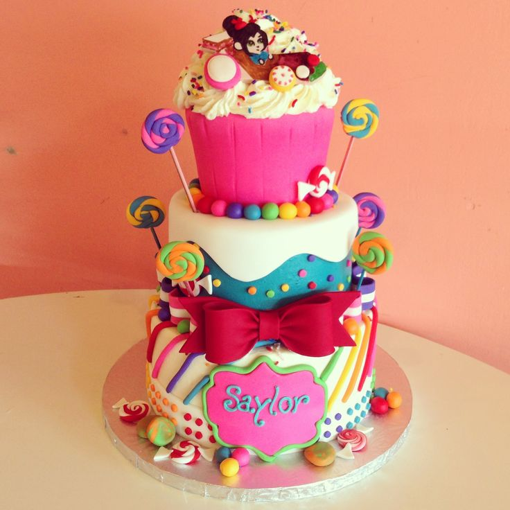 Sugar candy cakes