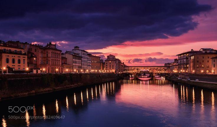 Popular on 500px : Ponte Vecchio Firenze Italia by O_S_S