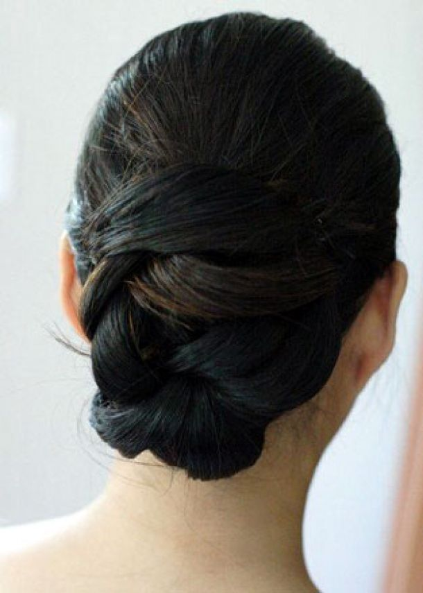 Wedding Hairstyle — The Classic Chignon with a New Twist for Long