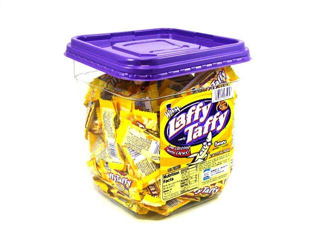 Laffy Taffy - bite-size banana - tub of 145: