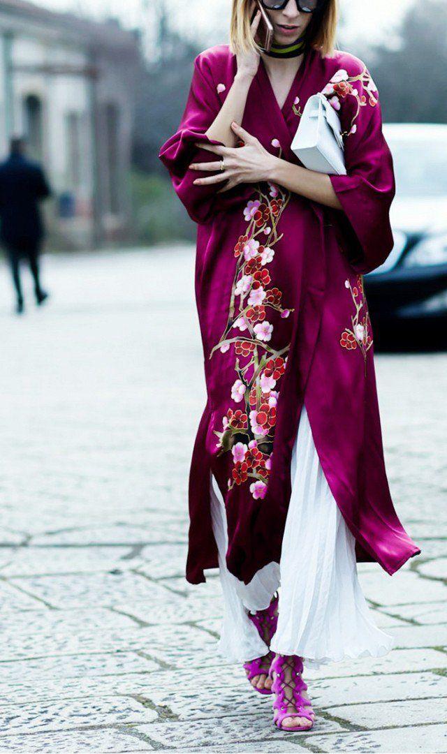 Kimonos e capas como sobreposições: sugestões e inspirações de como usá-los.