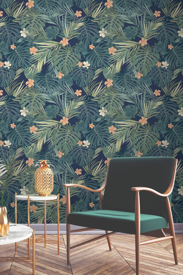 Create your own hidden oasis with this dazzling tropical wallpaper design. Emerald green is accented with shimmers of gold accessories, giving your home a sumptuous and luxurious feel.