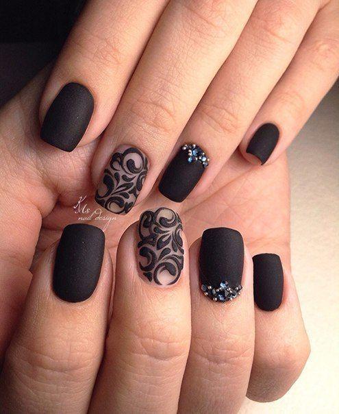 Nail Art | Uñas negras con destellos de brillo.