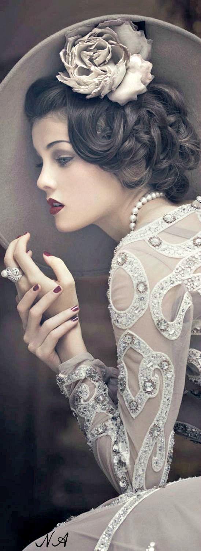 Classy vintage fashion ✿⊱╮                              …