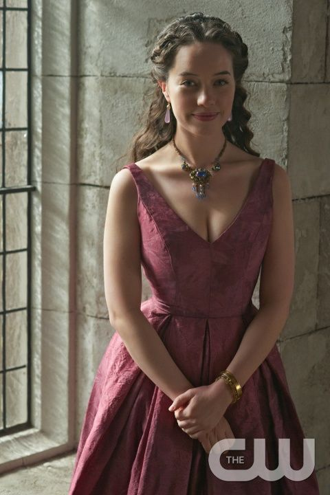 """Reign -- """"Forbidden"""" -- Image Number: RE215a_0234.jpg -- Pictured: Anna Popplewell as Lola -- Photo: Sven Frenzel/The CW -- © 2015 The CW Network, LLC. All rights reservedpn"""