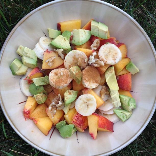 peach, banana, half an avocado, walnuts and cinnamon.  Makes a delicious breakfast or snack