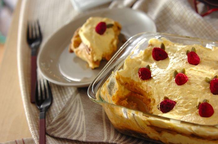 甘いカボチャを使った優しいティラミス。秋の夜長に頂きたい大皿スイーツレシピ。