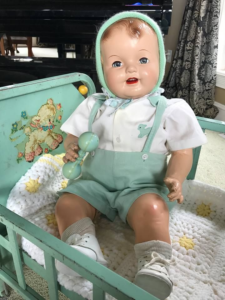 Darling vintage baby doll