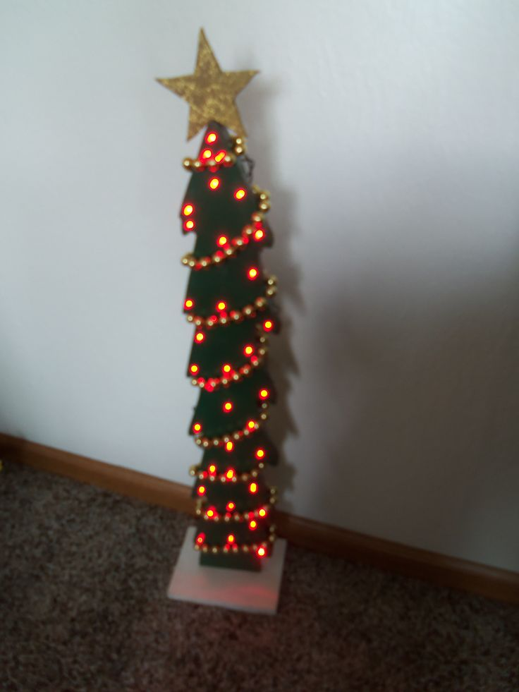 Led lighted wooden christmas tree christmas crafts diy for Pinterest wood crafts for christmas