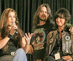 Gretchen Wilson (left), Shooter Jennings and Jessi Colter