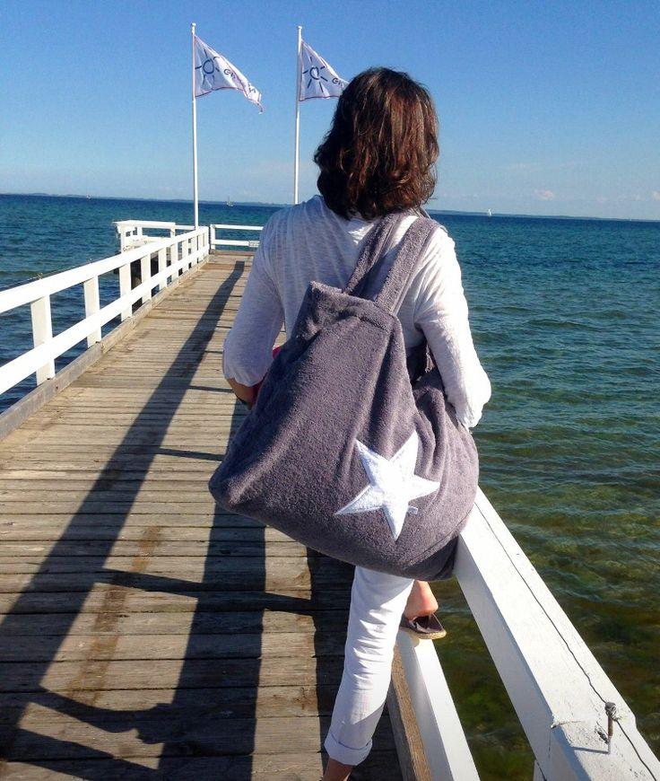 #GretaGemuetlichwebshop #byrh #byrhbags#beachbag#beachhouse #beachhousestyle #sterne #sternenliebe#ostsee #sommer#nordsee#ostsee#meer#maritim#hamburg#boho#sttropez#lifestyle#kampen#accessoires#blogger#strandliebling#fashionblogger#taschenliebe#Meer#strand #beach#strandtasche#boot #urlaub#segeln#taschenliebe