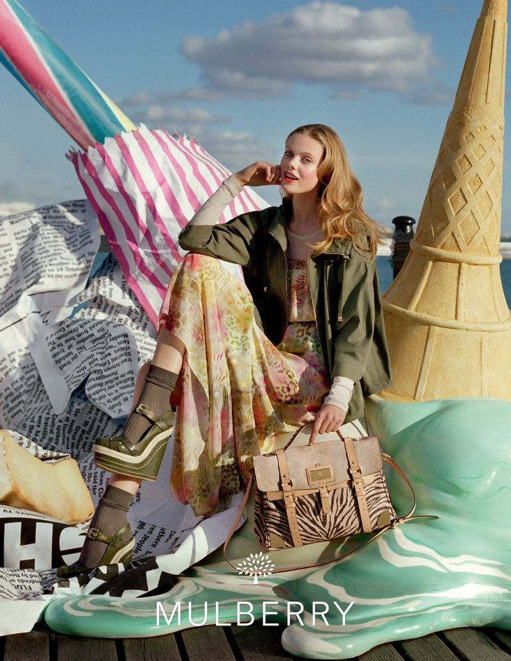 Lindsey Wixson & Frida Gustavsson for Mulberry Spring 2012 Campaign by Tim WalkerLindsey Wixson, Ads Campaigns, Spring Summer, Tim Walker, Fashion Photography, Fridagustavsson, Frida Gustavsson, Mulberry, Ice Cream Cones