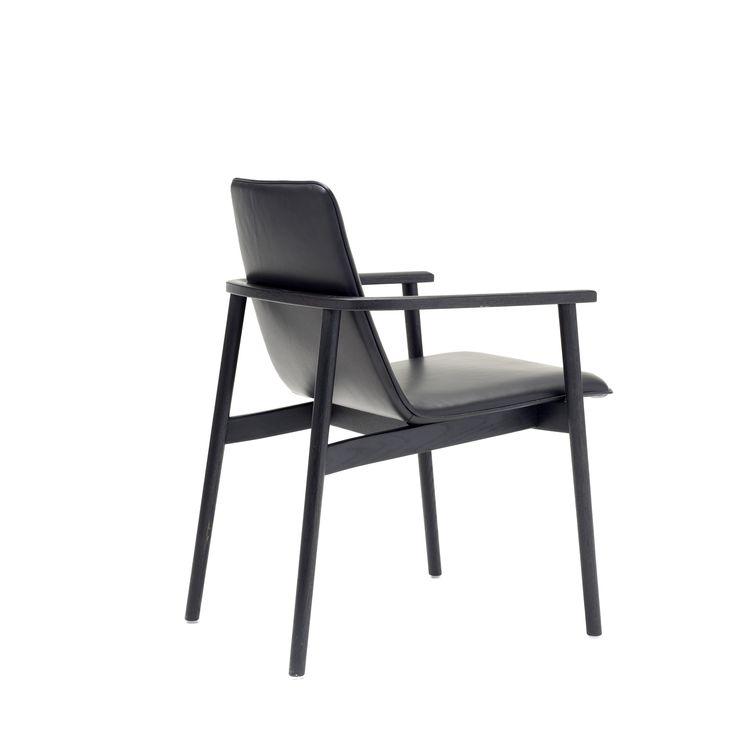 Chair Jana | Designed by Birgit Hoffmann | FREIFRAU Sitzmöbelmanufaktur (www.freifrau.eu)