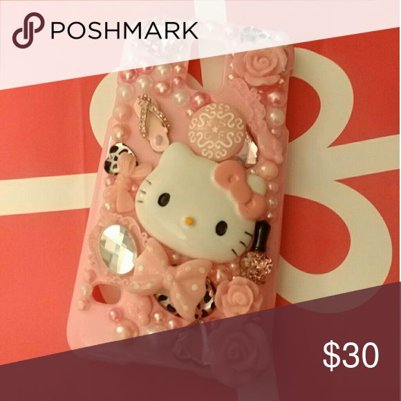 Cute pink Hello kitty Galaxy 5 phone case Hello Kitty Galaxy 5 phone case so cute!!! Got new phone so my loss is your gain! Accessories Phone Cases
