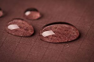 Método casero para impermeabilizar telas. Cómo impermeabilizar telas para evitar manchas. Tips para proteger las telas de forma casera