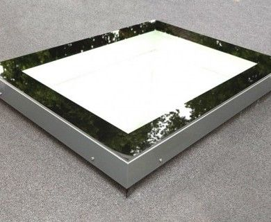http://www.vitral.co.uk/en/products/skyvision-flat-roof-skylights