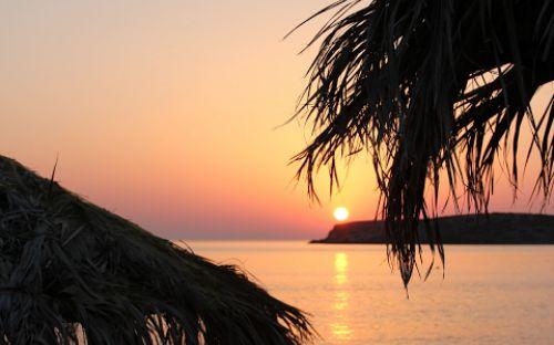 Hot in Syros: beaches to love: http://alternatrips.gr/en/aegean-islands/syros/best-beach-syros  #Syros #beach