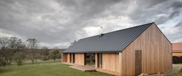 casa moderna la sat, casa din lemn, case la tara moderne case arhipura