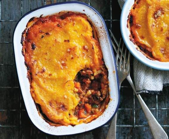 Recipe Shepherd's pie with parsnip and pumpkin topping by Louise Fulton Keats - Recipe of category Main dishes - meat