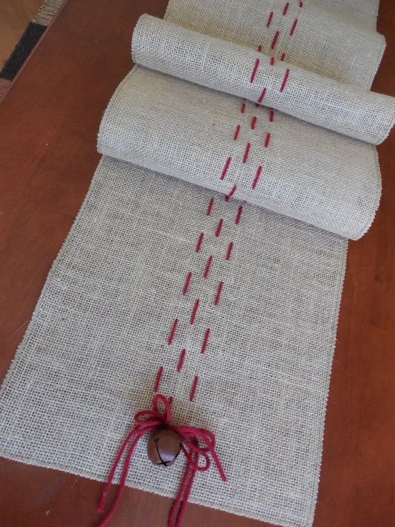Christmas table runner rustic burlap christmas decoration - Tapetes de lana ...