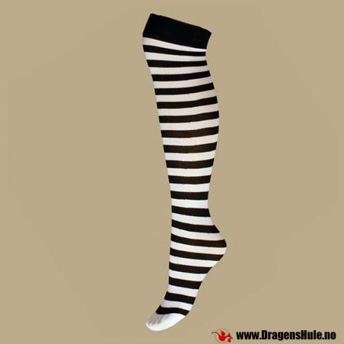 Et par knestrømper med svarte striper på tvers. Onesize, passer de fleste jenter.  Laget av 100% Nylon. Vaskes på 30 grader.