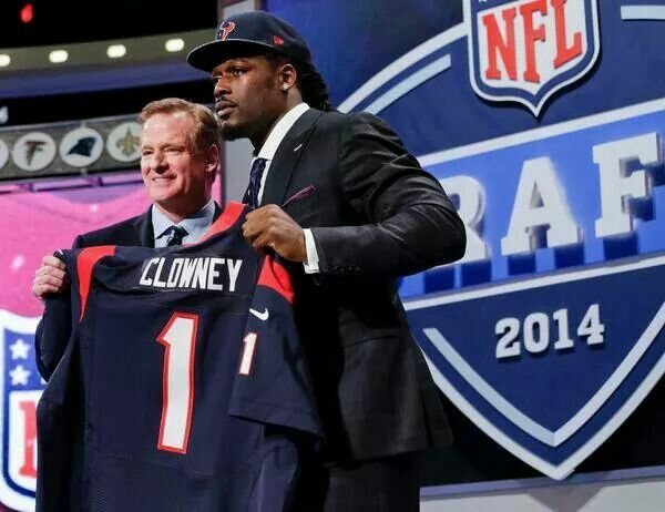 Congrats to big JD Clowney!! The Texans got themselves an amazing player #1 Draft Pick # 2014 NFL Draft #Gamecocks