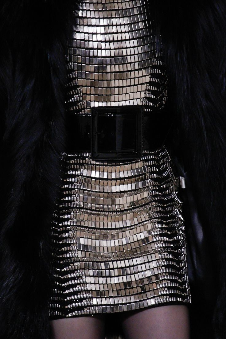 Saint Laurent Fall 2016 Ready-to-Wear Fashion Show Details