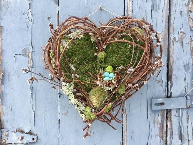 Handmade Grapevine, moss and Pussywillow heart woodland wreath with bird's nest and blue eggs.. Free Shipping.