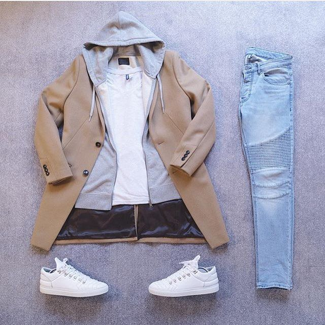 Easy to convert to more street look. SUB coat for long summer bomber in the same color change shoes to NMDs or all white yeezys