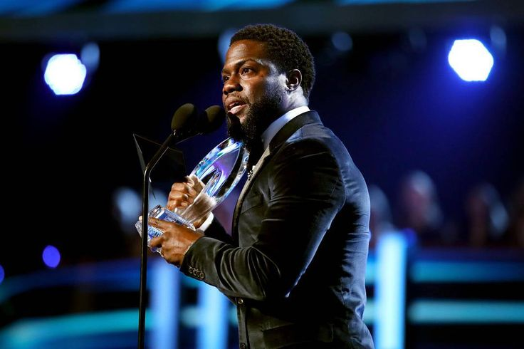 Raking in $57 million, Kevin Hart has earned the No.2 on our list of the World's Highest-Paid Comedian of 2017. Click the link in our bio for the full list. 📷: Getty