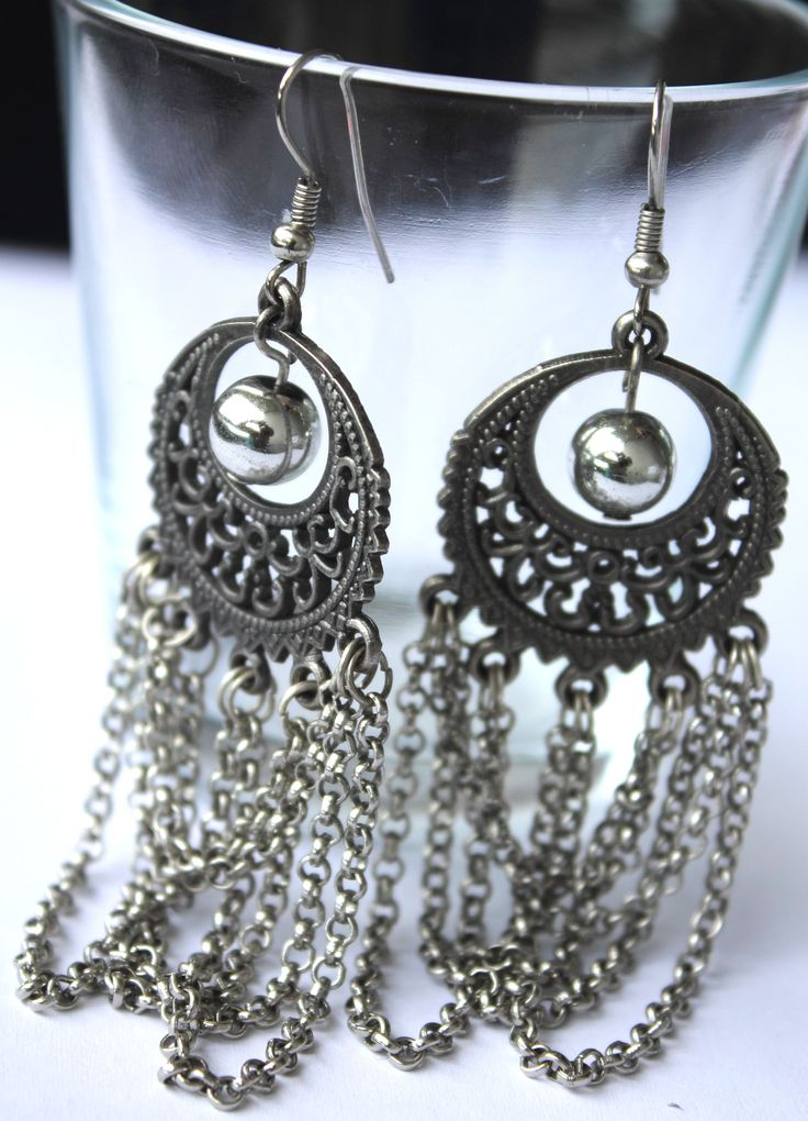 Long chain earrings (silver plated)