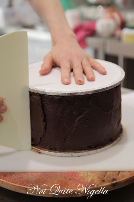 How to Make a Two Tier Wedding Cake with Faye Cahill! tips on: smoothing ganache, stacking and decorating the cake...