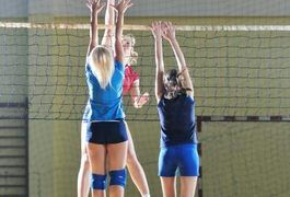 Women's Volleyball Fitness Workouts | LIVESTRONG.COM