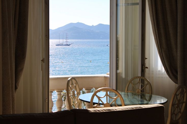 Review: Intercontinental Cannes - Carlton Hotel - http://youhavebeenupgraded.boardingarea.com/2015/02/review-intercontinental-cannes-carlton-hotel/