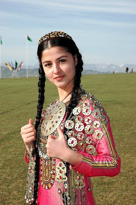 Turkmen fashion .©kasimaby, via JPG Photos | traditional ...