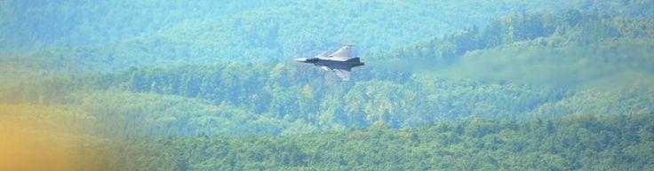 Jas 39 GRIPEN  cesko stihacka plane military
