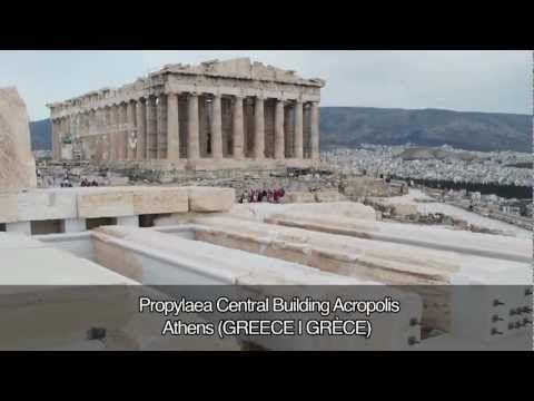 VIDEÓ: Az Europa Nostra 2013 közönségdíjasa az athéni Akropolisz bejáratát adó épületegyüttesnek, a Propülaiának a központi épülete, Athén, Görögország.
