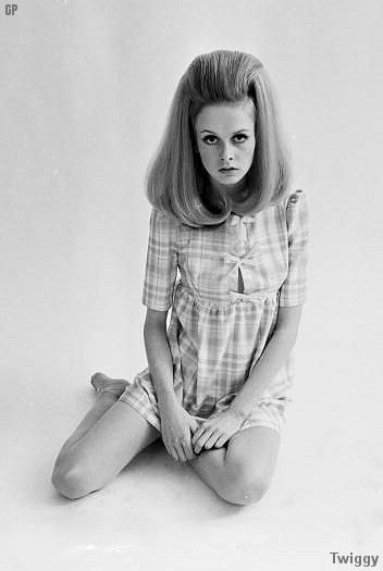 60's and Jackie O - The 1960's brought on a huge blend of hair trends. There were natural, free style hippies, polished and cropped Twiggy, perfectly poofed Jackie O, the British superstars the Beatles. All had iconic fashion and hair styles.