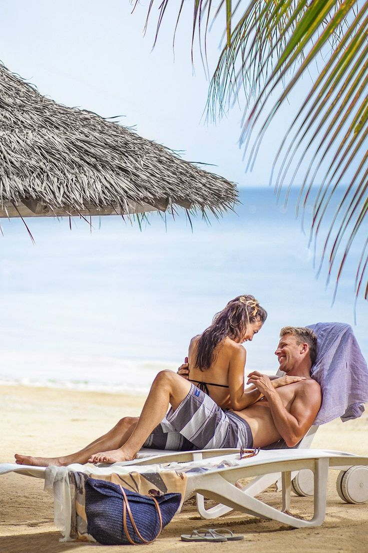 couples-resorts-the-movie-having-orgasms