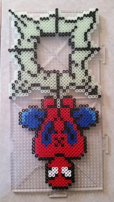 Spiderman door hanger made from Perler beads, avengers door hanger template, best ideas for door hnager, door hanger design, diy door hanger