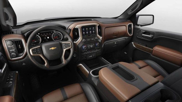 2020 Chevrolet Tahoe Cabin And Available Devices Chevy Silverado