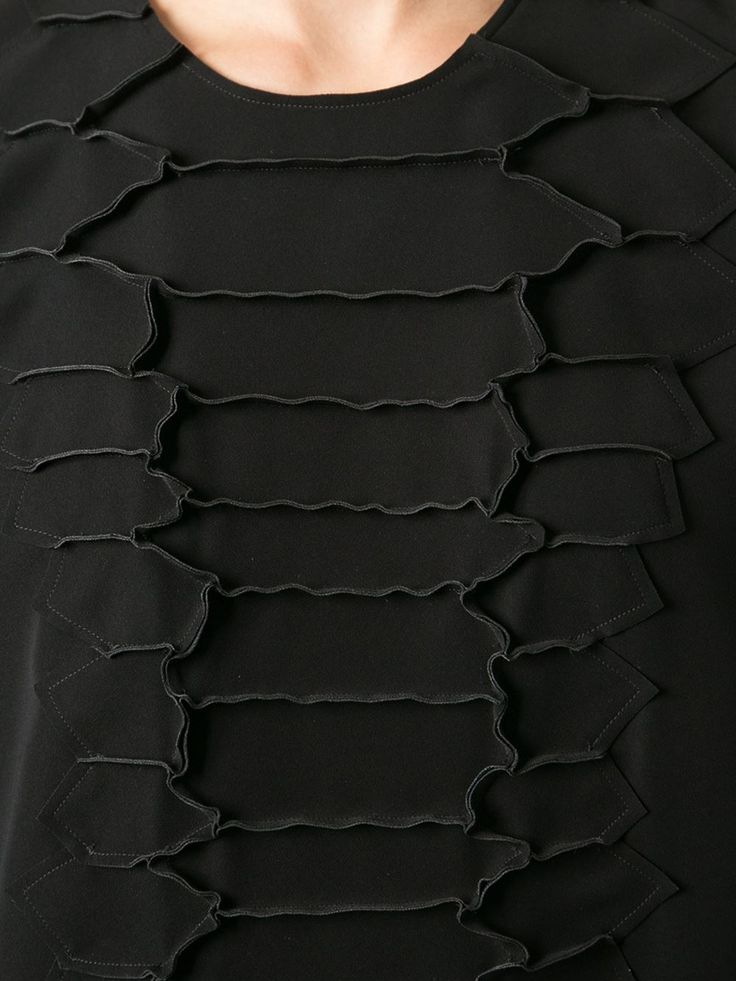 Fabric Manipulation using exposed seams for pattern & texture; sewing idea; textiles; fashion detail // Cedric Charlier