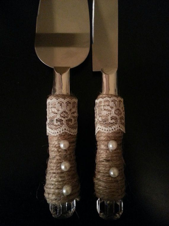 Rustic Wedding Cake Cutter and Server set by RusticWeddingsRUs. I could probably make these.